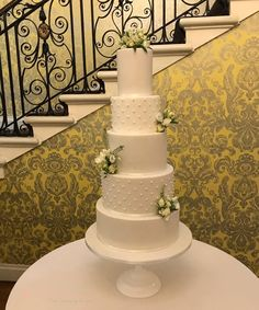 A natural, all white wedding cake, piped with pearls and decorated with spray roses Wedding Cake Bakery, Wedding Cakes, Create A Cake, Couture Cakes, All White Wedding, Cake Makers, Spray Roses, Wedding Cake Designs, Celebration Cakes