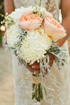 Un bouquet de mariage rose pastel