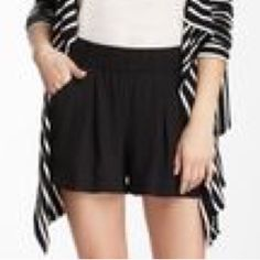 BCBG Comfortable Flowy Elastic Waist Micah Shorts ✨Excellent Like New✨Authentic BCBG Micah shorts are the essence of comfy elegance. In these flowy light weight shorts your not only look'n hot on summer days you'll feel cool & comfortable. 💌Thank You for your Interest!!😘 ❌NO Trades❌ 💲Price FIRM, Use the Bundle Discount: 4️⃣Items=20%OFF!! ✨Can't find 4️⃣you like? Ask me to make you a custom BUNDLE. BCBGMaxAzria Shorts