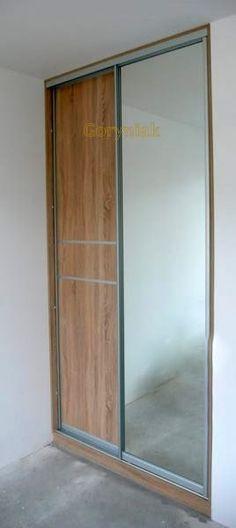 Prostota i elegancja drzwi lustrzane i płyta dzielona w okuciach satynowych Bonari London - zapraszam do galerii naszych realizacji http://Goryniak.pl