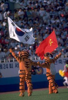 1988 Summer Olympics | 1988 Seoul Summer Olympics Mascots Hodori and Hosuni