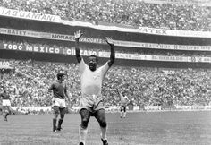 wm 1970 mexiko | 1970: Im Aztekenstadion in Mexiko City wird Brasilien vor über 100 ...