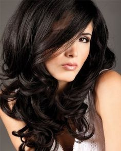 Dark hair color and style are so pretty.