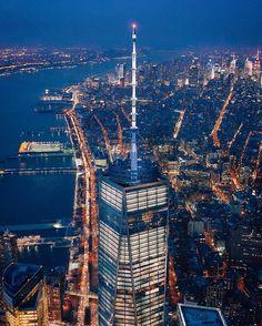 One World Trade Center New York Life, Go To New York, New York Art, New York Christmas, Christmas Travel, New York Photography, Street Photography, New York Food, New York Girls