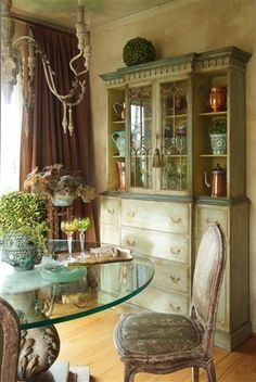 Interior design styles: French Rustic