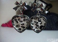 Leopard heart shaped earrings. If I were a girl, I would wear these:) #conflicted  ha ha