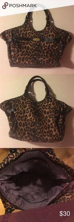 Jessica Simpson Handbag Jessica Simpson Handbag. Xtra Large. Good Used Condition. Smoke Free Home. Jessica Simpson Bags Shoulder Bags