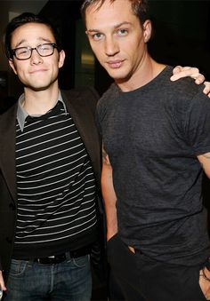 JGL looking all dorky...and Tom well, looking gorgeous as usual...my men. oh my.