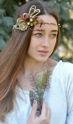 Rustic natural Fir crown Linen rose acorn hair wreath  by Vualia