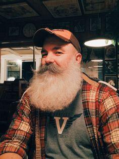 My beard and I say hello. Grey Beards, Long Beards, Hipster Beards, Bad Beards, Hairy Men, Bearded Men, Beard Images, Beard Pictures, Beard Head