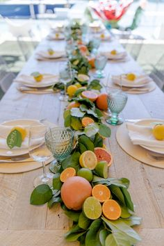Host a Citrus Theme Party - Fashionable Hostess - table decorations Deco Table Champetre, Fashionable Hostess, Deco Floral, Event Decor, Table Runners, Tablescapes, Party Planning, Bridal Shower, Themed Parties