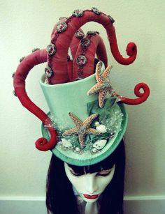 Aqua Octo Top Hat Halloween Chic, Halloween Costumes, Crazy Costumes, Octopus Tentacles, Costume Steampunk, Steampunk Circus, Steampunk Octopus, Crazy Hats, Under The Sea Costumes