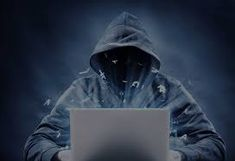 One of the fastest rising crimes in the United States and United Kingdom is Identity Theft. Considerably, identity theft is one of the most often reported crimes. Identity theft is a horrible crime… Perfect Image, Perfect Photo, Love Photos, Cool Pictures, Learn Hacking, College Loans, Identity Theft Protection, Capture The Flag, Stock Broker