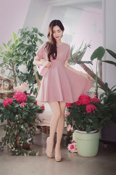 Korean Fashion – How to Dress up Korean Style – Designer Fashion Tips Cute Dresses, Casual Dresses, Fashion Dresses, Fashion Models, Girl Fashion, Womens Fashion, Summer Outfits, Cute Outfits, How To Look Classy