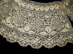 Antique 19th Century Victorian Handmade Silk Maltese Bobbin Lace Collar.