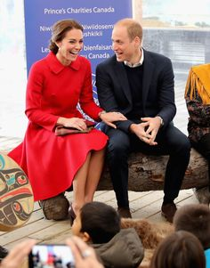 - Photo - During their eight day tour of the western side of Canada, Prince William, Kate Middleton and their kids Prince George and Princess Charlotte have a packed itinerary. Click through the photos to see all the action. William Kate, Kate Middleton Prince William, Prince William And Catherine, Duke William, Diana Spencer, Duke And Duchess, Duchess Of Cambridge, Princesa Kate Middleton, Kate Middleton Style