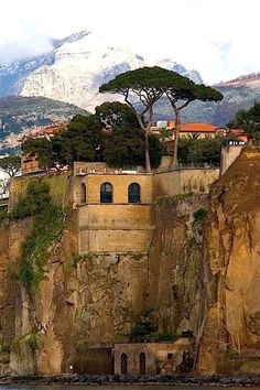 Sorrento Italy, Naples Italy, Sicily Italy, Places To Travel, Places To See, Travel Destinations, Italy Vacation, Italy Travel, Tour Around The World