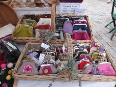 Treacle Market - Purse display