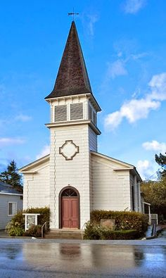 Built in 1867, Pescadero Community Church is not only a California Registered Landmark, but the oldest church within the San Mateo - Santa Clara County region.