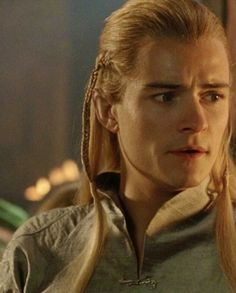The fact that Orlando was dedicated enough to the role that he studied the gracefulness of cat movements to better play Legolas' Elven nature. ^-^ --description written by Frodo the Second