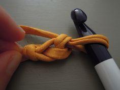 les 49 meilleures images du tableau faire un noeud sur pinterest twine braid et manualidades. Black Bedroom Furniture Sets. Home Design Ideas