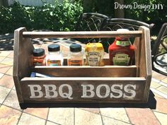 Keep all your BBQ tools and essentials together in this DIY BBQ Wood Caddy. Customize the size to fit your specific size BBQ needs. This BBQ caddy with help you perfect your outdoor culinary skills so you can preserve your title as the Grill Master. Diy Wooden Projects, Cool Woodworking Projects, Wooden Diy, Diy Projects To Try, Wood Crafts, Diy Woodworking, Popular Woodworking, Diy Design, Articles En Bois