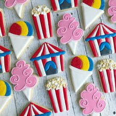 Carnival treats and sweets 😋 . Carnival Cakes, Circus Carnival Party, Circus Theme Party, Carnival Food, Carnival Birthday Parties, Carnival Themes, First Birthday Parties, Birthday Party Themes, Circus Food