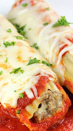 Sausage Stuffed Manicotti - use jovial brand gluten free manicotti shells and gluten free breadcrumbs Pork Recipes, Pasta Recipes, Great Recipes, Dinner Recipes, Cooking Recipes, Recipes With Hamburger, Sausage Meat Recipes, Pasta Meals, Drink Recipes