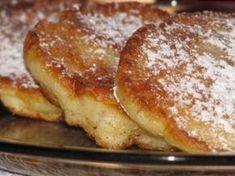 Jablečné lívanečky Breakfast Bake, Breakfast Recipes, Albanian Recipes, Czech Recipes, Crepe Cake, Sweet Recipes, Granola, Pancakes, Bakery