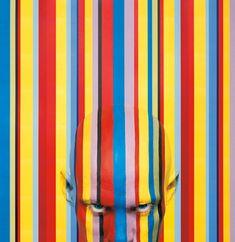 Emma-Jane Cammack - Body Paint Illusions - http://www.moillusions.com/emma-jane-cammack-body-paint-illusions/