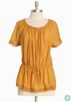Peasant top in mustard (goes up to 3XL)!