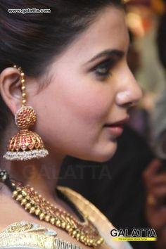 Where Sell Gold Jewelry Code: 4981681644 Gold Jhumka Earrings, Indian Jewelry Earrings, Jewelry Design Earrings, Gold Earrings Designs, Gold Jewellery Design, Ear Jewelry, Necklace Designs, Pendant Jewelry, Tika Jewelry