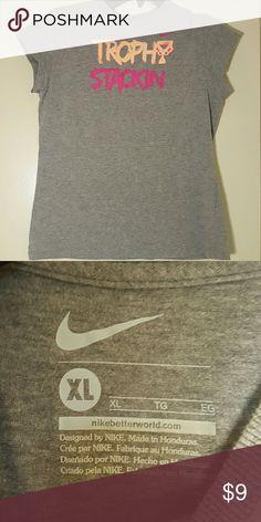 Nike XL Trophy Stackin Shirt Trophy stacking, nikebetterworld.com -  XL womens shirt Nike Tops Tees - Short Sleeve