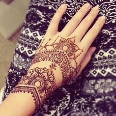#印度彩繪 #menhdi #henna #taiwan #taipei #莎拉繪花花