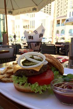 Outdoor burger from The Steak Bar - Dubai JBR.