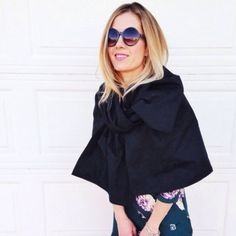 Love the Marc Jacobs Bow Cape from his 2014 Ready-to-wear collection? Use this DIY to recreate your own.