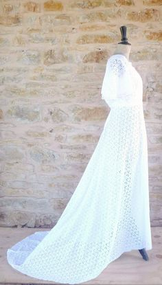 Vintage 1960s / 1970s Cotton Eyelet Wedding Dress. €55.00, via Etsy.