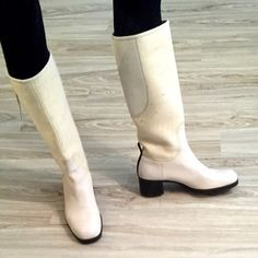 Beautiful Jil Sander Leather and Wool boots Jill Sander White Leather and Wool boots. Made in Italy. In perfect condition. Never worn. Shoes Heels Boots, Heeled Boots, Jil Sander, White Leather, Booty, Best Deals, Womens Fashion, Size 10, Italy