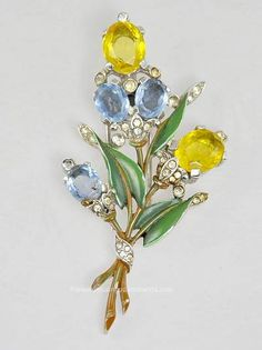 Notable Vintage Signed Trifari 1940's Rhinestone and Enamel Flower Clip #amazingadornments