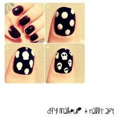 ¡Dark! Estas bonitas uñas son ideales para una fiesta de Halloween! Son re lindass