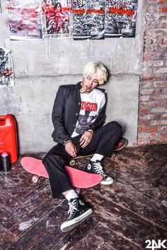 ~Only Fools Fall For You~ K Pop, Sun Lee, Football Senior Pictures, Hot Asian Men, Asian Guys, Block B, Superfly, Btob, Kpop Boy
