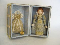HELLO DOLLY: Quintessa with her Queen Elizabeth 1 Doll-trunk (Close up of the 2-inch high doll-trunk) | Flickr - Photo Sharing!