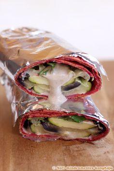 Nóri mindenmentes konyhája: Céklás wrap grill zöldségekkel és tahini szósszal: glutén-, tojás-, tejtermékmentes, vegán, lowcarb recept