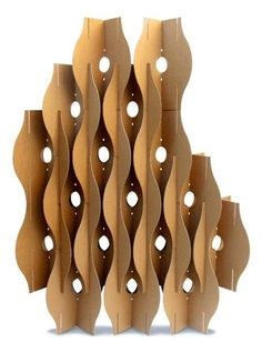 Modular decorative screens made with cardboard pieces offer light and practical room dividers which can add color and stylish geometric decoration patterns to interior design and decor Cardboard Sculpture, Cardboard Furniture, Cardboard Crafts, Wood Crafts, Paper Crafts, Decorative Room Dividers, Decorative Screens, Decorative Lines, Cardboard Design