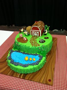 Farm Cake ideas for Carson Farm Birthday Cakes, Farm Animal Birthday, 2nd Birthday, Birthday Ideas, Farm Animal Cupcakes, Animal Cakes, Bolo Minnie, Cuisines Diy, Farm Cake