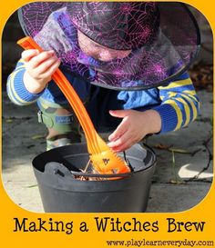 Play and Learn Everyday: Making a Witches Brew -- fun seasonal play for kids! Fun Halloween Games, Halloween Decorations For Kids, Halloween Crafts For Toddlers, Halloween Party Decor, Toddler Crafts, Halloween Kids, Crafts For Kids, Halloween Witches, Fun Activities For Preschoolers