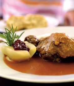 Zajíc na šípkové omáčce podle restaurace U Lípy - ApetitOnline.cz