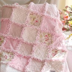 Pink Shabby Roses Baby Rag Quilt . thinking of making something like this for Emmy's bed, if I'm game! LOL