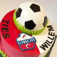 Utrecht, Soccer Ball, Babyshower, Baby Shower, Soccer, Baby Sprinkle, Baby Showers, Football, Futbol