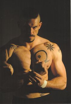 Scott Adkins in Undisputed    Wrestler?  I WANNA WRESTLE.  LOL